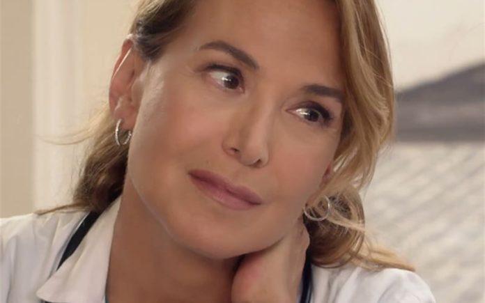 Barbara D'Urso in La Dottoressa Giò