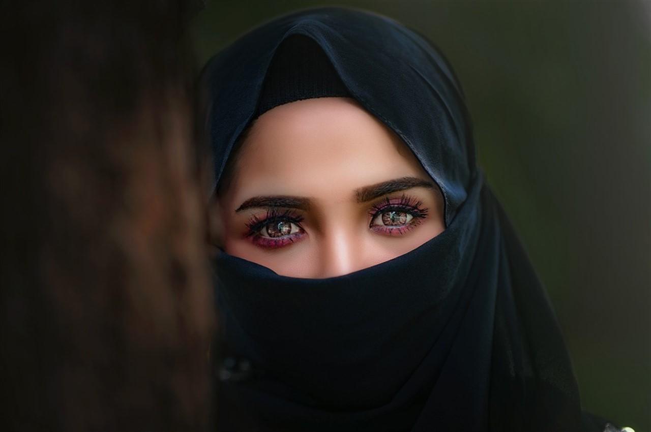 Risultati immagini per il velo islamico