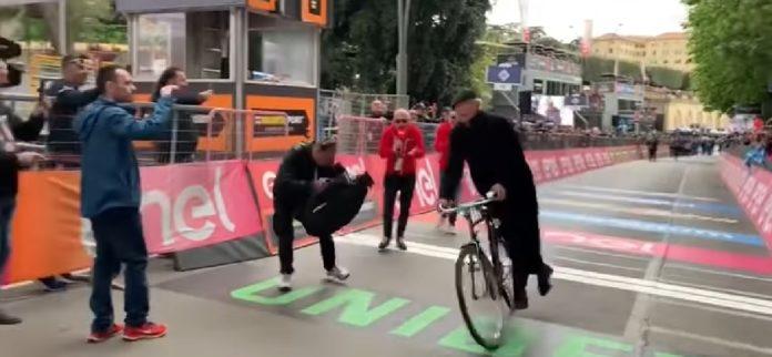 Don Matteo, Giro d'Italia