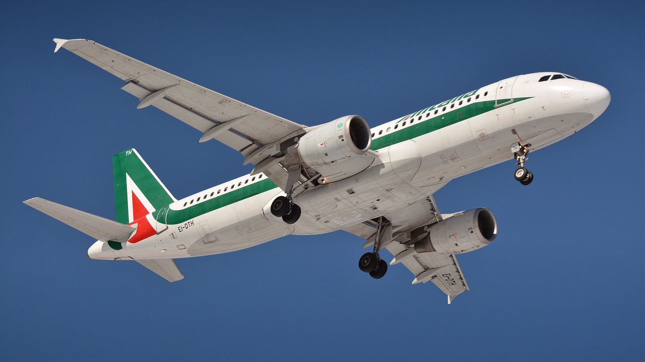 https://zon.it/wp-content/uploads/2019/05/alitalia.jpg