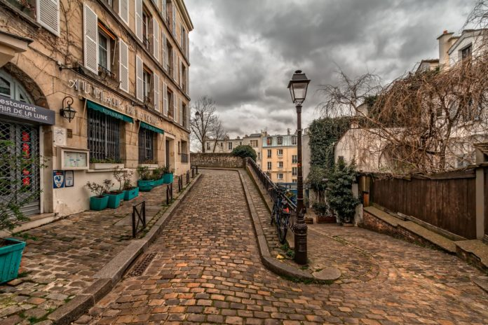 Parigi Montmartre incidente in monopattino elettrico