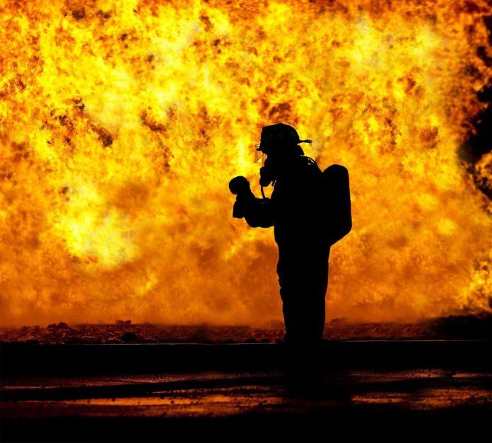 Milano Incendio Roma La Pecora Elettrica