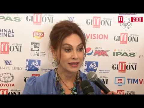 """Elena Sofia Ricci al Giffoni Experience 2019: """"Non avrei mai immaginato questa carriera"""""""