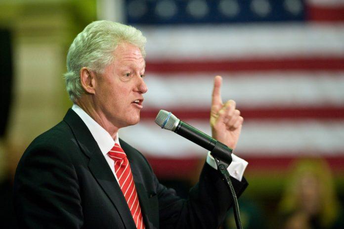 Bill Clinton American Crime Story