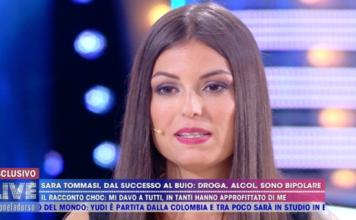 Sara Tommasi a Live-Non è la D'Urso