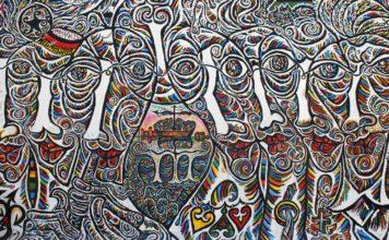 Futura, canzone sull'amore oltre il Muro di Berlino