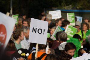Roma, proteste di manifestanti di estrema destra