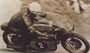 Motociclismo in lutto: morta la leggenda Carlo Ubbiali