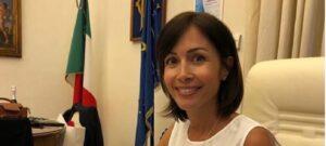 Mara Carfagna: spuntano le prime foto con il pancione