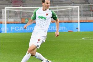 Lichtsteiner lascia il calcio: il terzino comunica il ritiro