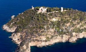 L'isola di Gallinara comprata per 10 milioni da un magnate ucraino