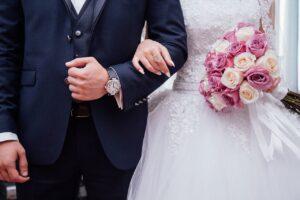 """Nicoletta Mantovani, vedova di Pavarotti, si sposa: """"è stato subito amore"""""""