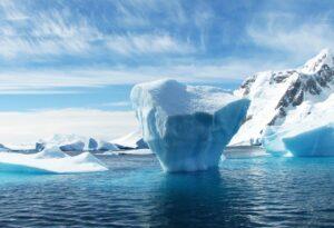 """""""I due ghiacciai più grandi dell'Antartide stanno crollando"""". Le immagini dai satelliti"""