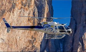 Cervinia, precipita elicottero: ci sono un morto e un ferito