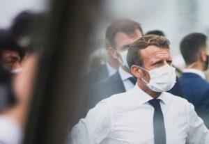 Francia, Macron prepara il piano per uscire dal secondo lockdown