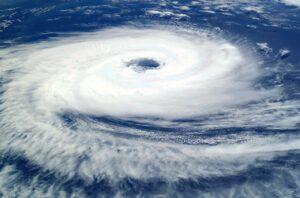 India, Ciclone Tauktae devasta la costa occidentale: pazienti Covid trasferiti